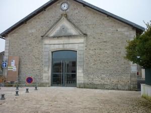Salle des Fêtes (façade)